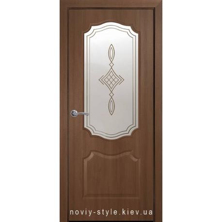 Двері Вензель Новий Стиль золота вільха (ПВХ DeLuxe) скло з малюнком Р1